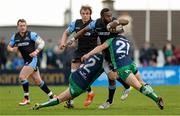 25 April 2015; Leone Nakarawa, Glasgow Warriors, is tackled by Tom McCartney and John Cooney, Connacht. Guinness PRO12, Round 20, Connacht v Glasgow Warriors. Sportsground, Galway. Picture credit: Oliver McVeigh / SPORTSFILE