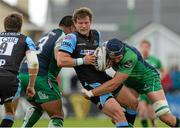 25 April 2015; Peter Horne, Glasgow Warriors, is tackled by Ultan Dillane, Connacht. Guinness PRO12, Round 20, Connacht v Glasgow Warriors. Sportsground, Galway. Picture credit: Oliver McVeigh / SPORTSFILE