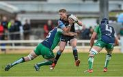 25 April 2015; Finn Russell, Glasgow Warriors, is tackled by Aly Muldowney and Ultan Dillane, Connacht. Guinness PRO12, Round 20, Connacht v Glasgow Warriors. Sportsground, Galway. Picture credit: Oliver McVeigh / SPORTSFILE