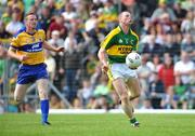 15 June 2008; Tomas O'Se, Kerry, breaks away from Greg Lyons, Clare. GAA Football Munster Senior Championship Semi-Final, Kerry v Clare, Fitzgerald Stadium, Killarney, Co. Kerry. Picture credit: Stephen McCarthy / SPORTSFILE