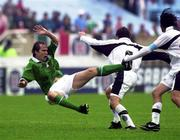 4 June 2000; Jason McAteer of Republic of Ireland Israel Lopez of Mexico during the US Nike Cup game between Republic of Ireland and Mexico at Soldier Field in Chicago, Illnois, USA. Photo by David Maher/Sportsfile