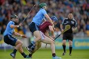 6 June 2015; Cyril Donnellan, Galway, in action against Michael Carton, centre, and Shane Durkin, Dublin. Leinster GAA Hurling Senior Championship Quarter-Final Replay, Dublin v Galway. O'Connor Park, Tullamore, Co. Offaly. Picture credit: Piaras Ó Mídheach / SPORTSFILE