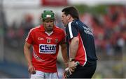 7 June 2015; Cork selector Mark Landers issues instructions to Alan Cadogan. Munster GAA Hurling Senior Championship Semi-Final, Waterford v Cork. Semple Stadium, Thurles, Co. Tipperary. Picture credit: Ray McManus / SPORTSFILE