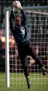 Irish 'keeper Alan Kelly at full stretch during yesterday's (Sat 9/11/96) training session at Lansdowne Road.  Soccer.  Pic Ray McManus SPORTSFILE