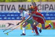 18 June 2015; Lizzie Colvin, Ireland, in action against Na Wang, China. Women's World League Round 3, Ireland v China. Valencia, Spain. Picture credit: David Aliaga / SPORTSFILE