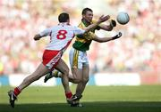 21 September 2008; Tomas O Se, Kerry, in action against Colin Holmes, Tyrone. GAA Football All-Ireland Senior Championship Final, Kerry v Tyrone, Croke Park, Dublin. Picture credit: Oliver McVeigh / SPORTSFILE