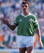 25 June 1990; Kevin Moran of Republic of Ireland the FIFA World Cup 1990 Round of 16 match between Republic of Ireland and Romania at the Stadio Luigi Ferraris in Genoa, Italy. Photo by Ray McManus/Sportsfile