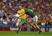 8 August 2015; Christy Toye, Donegal, in action against Séamus O'Shea, Mayo. GAA Football All-Ireland Senior Championship Quarter-Final, Donegal v Mayo, Croke Park, Dublin. Picture credit: Ray McManus / SPORTSFILE