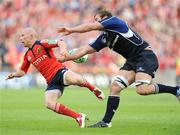 2 May 2009; Peter Stringer, Munster, in action against Rocky Elsom, Leinster. Heineken Cup Semi-Final, Munster v Leinster, Croke Park, Dublin. Picture credit: Pat Murphy / SPORTSFILE