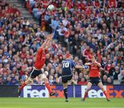 2 May 2009; Leinster's Felipe Contepomi drops a goal against Munster for the first score of the game. Heineken Cup Semi-Final, Munster v Leinster, Croke Park, Dublin. Picture credit: Brendan Moran / SPORTSFILE