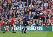 2 May 2009; Shane Horgan, Leinster, catches a cross field kick ahead of Paul Warwick, Munster. Heineken Cup Semi-Final, Munster v Leinster, Croke Park, Dublin. Picture credit: Stephen McCarthy / SPORTSFILE