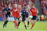 2 May 2009; Luke Fitzgerald, Leinster, races for a loose ball with Peter Stringer, left, and Ronan O'Gara, Munster. Heineken Cup Semi-Final, Munster v Leinster, Croke Park, Dublin. Picture credit: Brendan Moran / SPORTSFILE