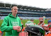 19 October 2015; Former Kilkenny hurler Henry Shefflin with children from Patrick's GAA, Killarney, Kerry, during the 'Centra's Live Well initiative' skills session. Clare hurler Patrick Donnellan. Over 650 children travelled to Croke Park today for a very special day out as part of Centra's Live Well initiative. Young hurlers from 16 different clubs had the once in a lifetime chance to experience the ultimate behind the scenes day out with many of their hurling idols including Henry Shefflin, Seamus Hickey, and Pat Donnellan. Through their partnership with the GAA Hurling All-Ireland Senior Championship Centra has been encouraging children all over Ireland to live healthier lives encouraging them to be active and educating them on nutrition. For more information see www.centra.ie. Croke Park, Dublin. Picture credit: Piaras Ó Mídheach / SPORTSFILE