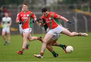 25 October 2015; Stephen Reilly, Palatine, in action against Gareth Dillon, Portlaoise. AIB Leinster GAA Senior Club Football Championship, Palatine v Portlaoise. Netwatch Dr. Cullen Park, Carlow. Picture credit: Paul Mohan / SPORTSFILE