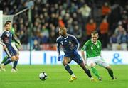 14 November 2009; Nicolas Anelka, France, in action against Glenn Whelan, Republic of Ireland. FIFA 2010 World Cup Qualifying Play-off 1st Leg, Republic of Ireland v France, Croke Park, Dublin. Picture credit: Stephen McCarthy / SPORTSFILE