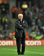 14 November 2009; Republic of Ireland manager Giovanni Trapattoni looks on during the game. FIFA 2010 World Cup Qualifying Play-off 1st Leg, Republic of Ireland v France, Croke Park, Dublin. Picture credit: David Maher / SPORTSFILE