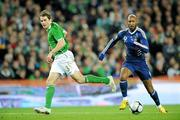 14 November 2009; Nicolas Anelka, France, in action against Kevin Kilbane, Republic of Ireland. FIFA 2010 World Cup Qualifying Play-off 1st Leg, Republic of Ireland v France, Croke Park, Dublin. Picture credit: Matt Browne / SPORTSFILE