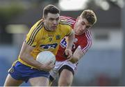28 February 2016; Ian Kilbride, Roscommon, in action against Ian Maguire, Cork. Allianz Football League, Division 1, Round 3, Cork v Roscommon. Páirc Uí Rinn, Cork. Picture credit: Diarmuid Greene / SPORTSFILE