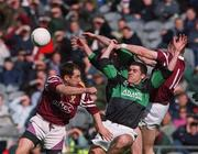 16 April 2001; Martin Cronin, Nemo Rangers contests a high ball with Crossmolina's Johnny Leonard, left, and Liam Moffatt. Crossmolina v Nemo Rangers, All Ireland Club Football Final, Croke Park, Dublin. Picture credit; Damien Eagers / SPORTSFILE