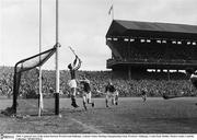 1960; A general view of the action between Wexford and Kilkenny. Leinster Senior Hurling Championship Final, Wexford v Kilkenny, Croke Park, Dublin. Picture credit; Connolly Collection / SPORTSFILE