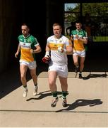 15 May 2016; Offaly players, from left, Graham Guilfoyle, Alan Mulhall and Eoin Carroll make their way to the pitch before the Leinster GAA Football Senior Championship, Round 1, Offaly v Longford in O'Connor Park, Tullamore, Co. Offaly.  Photo by Piaras O Midheach/Sportsfile