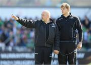 21 May 2016; Glasgow Warriors assistant coach Dan McFarland with Jonny Gray during the Guinness PRO12 Play-off match between Connacht and Glasgow Warriors at the Sportsground in Galway. Photo by Stephen McCarthy/Sportsfile