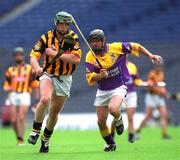 8 July 2001; Henry Shefflin, Kilkenny, in action against Sean Flood, Wexford. Kilkenny v Wexford, Leinster Senior Hurling Championship Final, Croke Park, Dublin. Picture credit; Ray McManus / SPORTSFILE