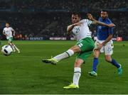 22 June 2016; Daryl Murphy of Republic of Ireland in action against Italy during the UEFA Euro 2016 Group E match between Italy and Republic of Ireland at Stade Pierre-Mauroy in Lille, France. Photo by David Maher/Sportsfile
