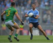 26 June 2016; James McCarthy of Dublin in action against Donal Keogan of Meath during the Leinster GAA Football Senior Championship Semi-Final match between Dublin and Meath at Croke Park in Dublin. Photo by Piaras Ó Mídheach/Sportsfile