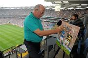 5 September 2010; Professional artist Michael Hanrahan, from Lahinch, Co. Clare, making a painting of the GAA Hurling All-Ireland Final. GAA Hurling All-Ireland Senior Championship Final, Kilkenny v Tipperary, Croke Park, Dublin. Picture credit: Brendan Moran / SPORTSFILE