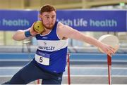 19 February 2017; John Kelly of Finn Valley AC, Co Donegal, on his way to winning the Men's Shot Put Event during the Irish Life Health National Senior Indoor Championships at the Sport Ireland National Indoor Arena in Abbotstown, Dublin. Photo by Sam Barnes/Sportsfile
