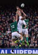 18 March 2017; Jonathan Joseph of England in action against Robbie Henshaw, left, and Garry Ringrose of Ireland during the RBS Six Nations Rugby Championship match between Ireland and England at the Aviva Stadium in Lansdowne Road, Dublin. Photo by Sam Barnes/Sportsfile