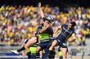 23 April 2017; Isa Nacewa of Leinster in action against David Strettle of ASM Clermont Auvergne during the European Rugby Champions Cup Semi-Final match between ASM Clermont Auvergne and Leinster at Matmut Stadium de Gerland in Lyon, France. Photo by Ramsey Cardy/Sportsfile