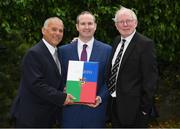 16 May 2017; Alan Smullen, General Manager, The Croke Park, centre, with Tony Ward, left, and Ollie Campbell when The Association of Sports Journalists in Ireland (ASJI) honoured the former Ireland international out-halves with a Legends' Lunch at The Croke Park Hotel in Dublin. Photo by Ray McManus/Sportsfile
