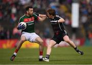 21 May 2017; Kevin McLoughlin of Mayo in action against Charlie Harrison of Sligo during the Connacht GAA Football Senior Championship Quarter-Final match between Mayo and Sligo at Elvery's MacHale Park in Castlebar, Co Mayo. Photo by Stephen McCarthy/Sportsfile