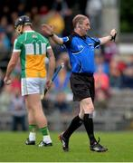 27 May 2017; Referee Seán Cleere awards a penalty to Offaly in the first half during the Leinster GAA Hurling Senior Championship Quarter-Final match between Westmeath and Offaly at TEG Cusack Park in Mullingar, Co Westmeath. Photo by Piaras Ó Mídheach/Sportsfile
