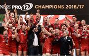 27 May 2017; Scarlets captain John Barclay lifts the trophy following their victory the Guinness PRO12 Final between Munster and Scarlets at the Aviva Stadium in Dublin. Photo by Diarmuid Greene/Sportsfile