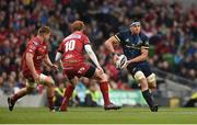 27 May 2017; CJ Stander of Munster in action against James Davies, left, and Rhys Patchell of Scarlets during the Guinness PRO12 Final between Munster and Scarlets at the Aviva Stadium in Dublin. Photo by Diarmuid Greene/Sportsfile