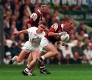 27 September 1998; Seán Óg De Paor of Galway, supported by team-mate Kevin Walsh, races clear from Eddie McCormack of Kildare during the Bank of Ireland All-Ireland Senior Football Championship Final match between Kildare and Galway at Croke Park in Dublin. Photo by Brendan Moran/Sportsfile