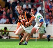 16 August 1998; Willie O'Connor of Kilkenny in action against Anthony Kirwan of Waterford during the Guinness All-Ireland Senior Hurling Championship Semi-Final match between Kilkenny and Waterford at Croke Park in Dublin. Photo by Damien Eagers/Sportsfile