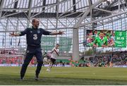 11 June 2017; Republic of Ireland manager Martin O'Neill reacts to a decision during the FIFA World Cup Qualifier Group D match between Republic of Ireland and Austria at Aviva Stadium, in Dublin. Photo by Seb Daly/Sportsfile