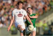 17 June 2017; Paddy Brophy of Kildare in action against Conor McGill of Meath during the Leinster GAA Football Senior Championship Semi-Final match between Meath and Kildare at Bord na Móna O'Connor Park in Tullamore, Co Offaly. Photo by Piaras Ó Mídheach/Sportsfile