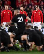 24 June 2017; British and Irish Lions players, from left, Sam Warburton, Sean O'Brien and Peter O'Mahony face the New Zealand haka prior to the First Test match between New Zealand All Blacks and the British & Irish Lions at Eden Park in Auckland, New Zealand. Photo by Stephen McCarthy/Sportsfile