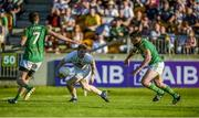 17 June 2017; Daniel Flynn of Kildare in action against Shane McEntee, left, and Mickey Burke of Meath during the Leinster GAA Football Senior Championship Semi-Final match between Meath and Kildare at Bord na Móna O'Connor Park in Tullamore, Co Offaly. Photo by Piaras Ó Mídheach/Sportsfile