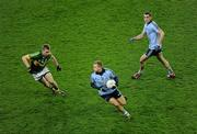 4 February 2012; Tomas Quinn, Dublin, supported by team-mate Paul Brogan, right, in action against Peter Crowley, Kerry. Allianz Football League, Division 1, Round 1, Dublin v Kerry, Croke Park, Dublin. Picture credit: Ray McManus / SPORTSFILE