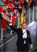 8 July 2017; British and Irish Lions CEO John Feehan with supporters following the Third Test match between New Zealand All Blacks and the British & Irish Lions at Eden Park in Auckland, New Zealand. Photo by Stephen McCarthy/Sportsfile