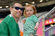 18 July 2017; Jason Smyth of Ireland celebrating with his daughter Evie after winning the Men's 200m T13 during the 2017 Para Athletics World Championships at the Olympic Stadium in London. Photo by Luc Percival/Sportsfile