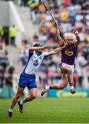 23 July 2017; Eoin Moore of Wexford in action against Pauric Mahony of Waterford during the GAA Hurling All-Ireland Senior Championship Quarter-Final match between Wexford and Waterford at Páirc Uí Chaoimh in Cork. Photo by Stephen McCarthy/Sportsfile