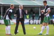12 August 2017; Cork manager John Caulfield in conversation with Robbie Williams, left, and Garry Buckley  ahead of the Irish Daily Mail FAI Cup first round match between Bray Wanderers and Cork City at the Carlisle Grounds in Bray, Co. Wicklow. Photo by Ramsey Cardy/Sportsfile