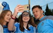 30 August 2017; Dublin footballer Paul Flynn with Ugne Byrne, left, and Ellen Barry, from Malahide, during a meet and greet with supporters at Parnell Park in Dublin. Photo by Piaras Ó Mídheach/Sportsfile